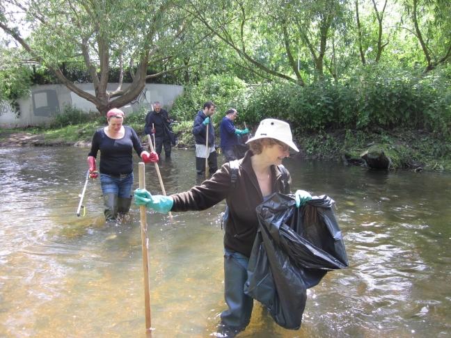 Volunteers enjoying their wade!